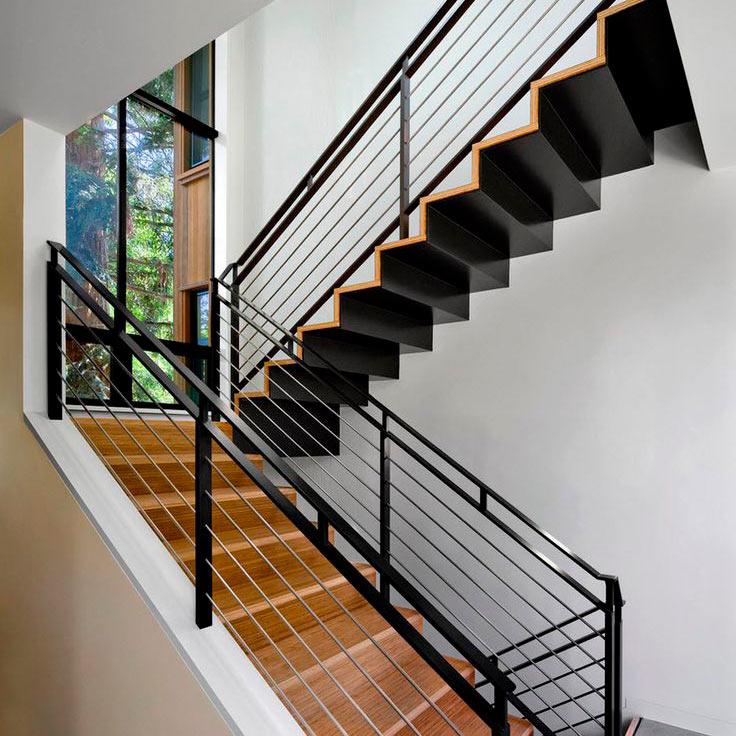 escalera de hierro moderna